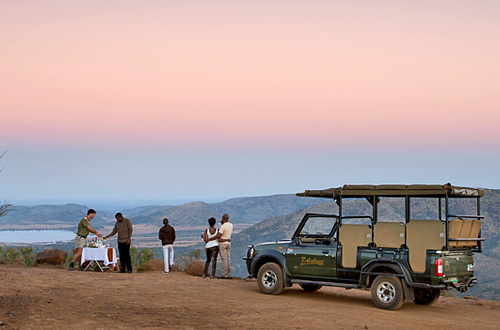 Pilanesberg Game Reserve to Johannesburg via bus