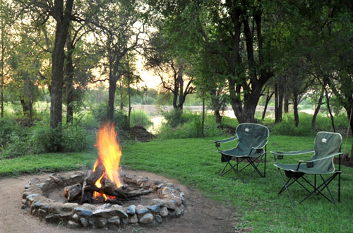 Relax Bon Fire Black Rhino Game Lodge Accommodation Bookings Pilanesberg Game Park Black Rhino Private Game Reserve
